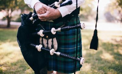 Schottischer Pub verbietet seinen Mitarbeitern das tragen von Kilts.