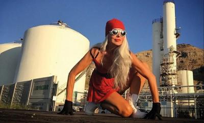 Yasmina Rossi: 59-Jähriges-Model-als-Gegenbeispiel-für-altersbedingte-Vorurteile