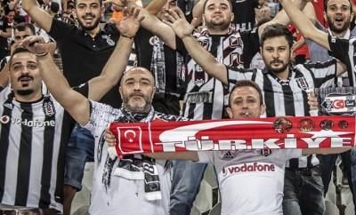 Besiktas Istanbul Fans