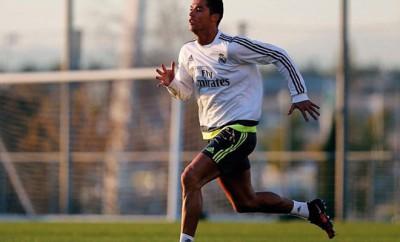 Cristiano Ronaldo wettert gegen Real Madrid Trainer Benitez.