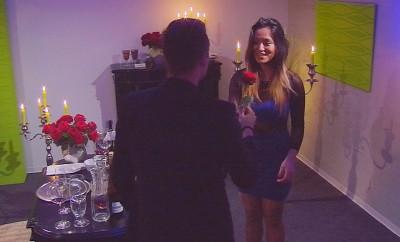 Big Brother: Christian und Maria bei ihrem mehr oder weniger romantischen Candlelight-Dinner.