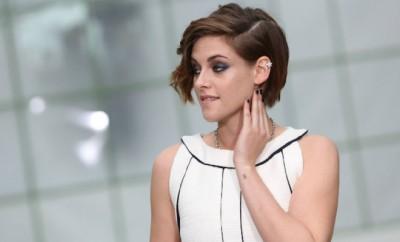 Kristen Stewart bei der Chanel Haute Couture 2015