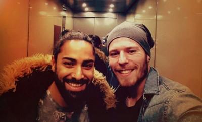 Big Brother-Kandidat Atchi mit seinem Bro Dennis.