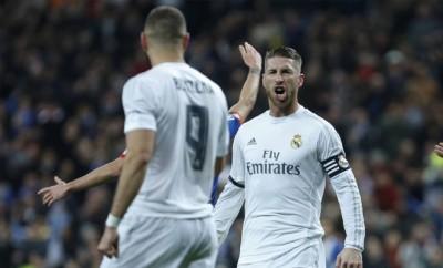 Real Madrid Verteidiger Sergio Ramos sagt dem FC Barcelona den Kampf an.