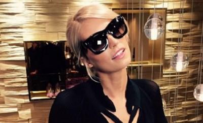 Lena Gercke hat seit kurzem eine Sunglas Collaboration mit Escada.