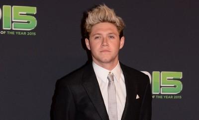 One Direction: Niall Horan beim Pinkeln erwischt.