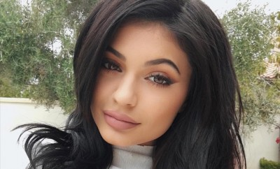 Kylie Jenner nimmt Abschied von ihrer Vergangenheit und Kourtney Kardashian bringt Kim Kardashian zu Snapchat!
