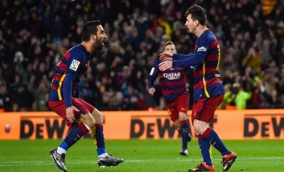 Arda Turan versteht sich nicht nur auf dem Platz mit Lionel Messi und Neymar.