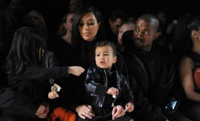 Ist Kim Kardashian eine schlechte Mutter?