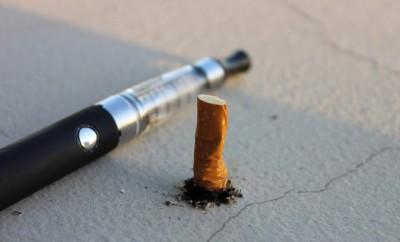 Um die E-Zigarette ranken sich viele Mythen und auch die Berichterstattung ist überwiegend negativ.