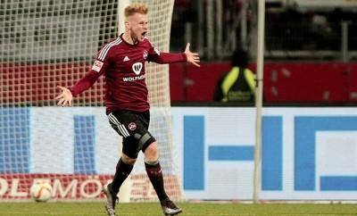 Bei dem 1. FC Nürnberg ist vor dem Relegationsspiel gegen Eintracht Frankfurt nicht nur der Einsatz von Sebastian Kerk gefährdet.