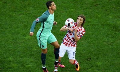 Cristiano Ronaldo hat nach dem Sieg der Portugiesen seinen Freund Luka Modric getröstet.