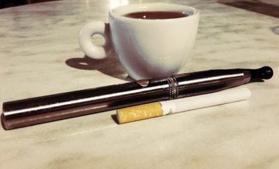 Neue Studie bringt die E-Zigarette erneut ins Kreuzfeuer der Kritik und verdeutlicht wie sehr die Bevölkerung durch Halbwahrheiten beeinflusst wird.