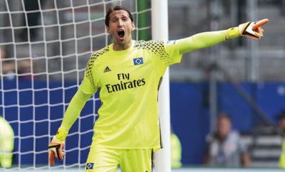 Gleich zwei Wunschspieler haben dem Hamburger SV eine Abfuhr erteilt. René Adler rüttelt seine HSV-Kollegen nach einemm ärgerlichen Unentschieden wach.