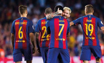 Der FC Barcelona holt dank überragenden Arda Turan den spanischen Supercup. Lionel Messi feierte nach dem Spiel eine Premiere.
