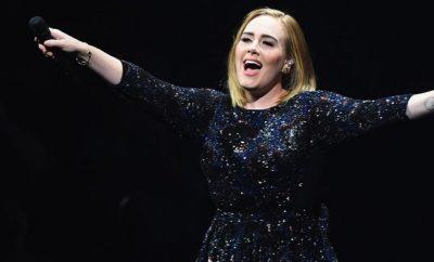 Adele bei ihrem Konzert in Philadelphia.