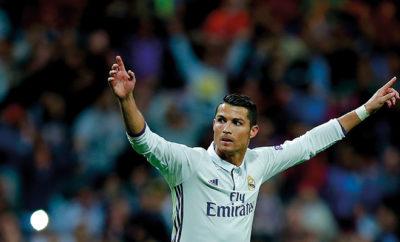 Auszeichnung und Spott für Cristiano Ronaldo.
