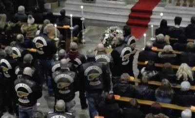Rocker der Hells Angels bei der Beisetzung ihres verstorbenen Kameraden.
