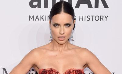 Model Adriana Lima präsentiert sich gewohnt heiß.