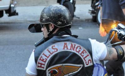 Mehr als zweihundert Mitglieder der Hells Angels feiern friedliches Klubjubiläum.