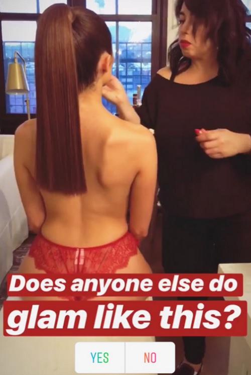 Ihre Hairstylistin amüsiert sich köstlich! Instagram Stories.