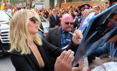 Jennifer Lawrence äußert sich zu Liebesgerüchten mit Brad Pitt!