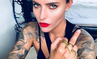 Sophia Thomalla spaltet Netz mit rüder Geste