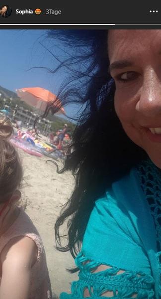 Iris Klein sieht endlich ihre Enkelin wieder: Instagram Story.