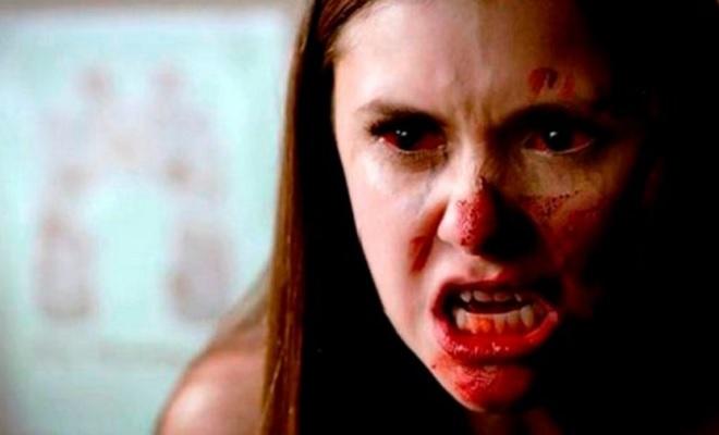 Vampire Diaries Fanatischer Nina Dobrev Fan Sticht Auf Liebhaber Ein
